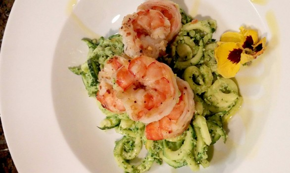 Spiralized ZUCCHINI LINGUINE WITH GRILLED SHRIMP